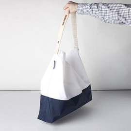 "[줄라이나인]JULY NINE_화이트 x 네이비 TWO TONE 24"" / White x Navy (RESTOCK)"