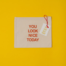 [유룩나이스투데이] YOU LOOK NICE TODAY COTTON POUCH - ECRU