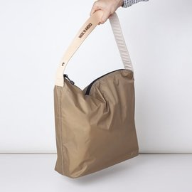 [줄라이나인]JULY NINE_크로싱 백 카키 Crossing Bag Khaki Regular 18""